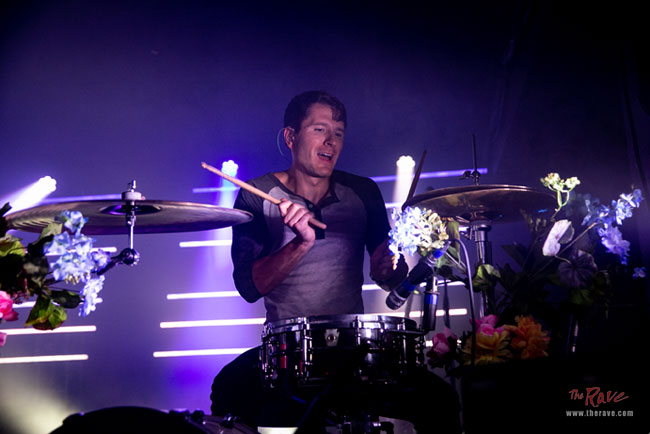 The Rave/Eagles Club Concert Photo Gallery - OWL CITY In